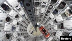 Volkswagen компаниясының көлік құрастыру зауыты (Көрнекі сурет).