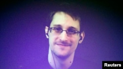 Эдвард Сноуден, экс-сотрудник Агентства национальной безопасности (АНБ) США.