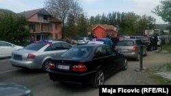 Automobili kreću prema Jarinju, foto: Maja Fićović