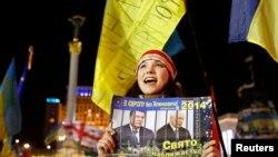 Учасниця Революції гідності на Майдані Незалежності. Київ, грудень 2013 року