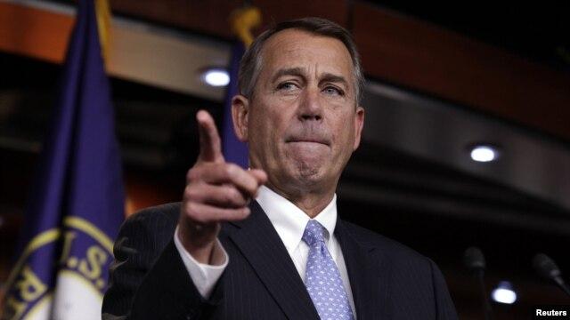 John Boehner adresîndu-se presei pe tema crizei fiscale