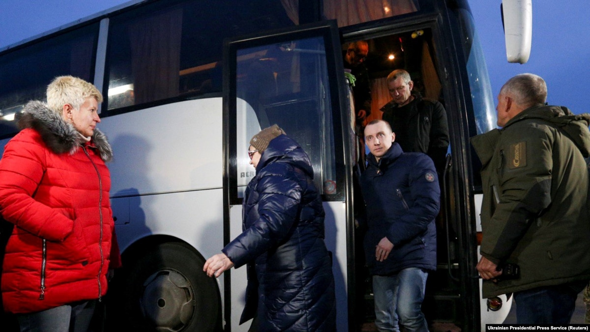 В ОРДЛО в рамках обмена передали 124 человека – Лутковская