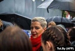 Maria Kolesnikova la protestele de duminică, 6 septembrie, de la Minsk. Luni a fost luată de pe stradă, se pare și nu se mai știe nimic de soarta ei.