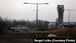 Донецкий аэропорт, фото Сергея Лойко