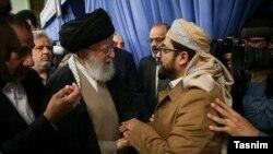 محمد الدیلمی در یکی از دیدارهایش با علی خامنهای، رهبر جمهوری اسلامی