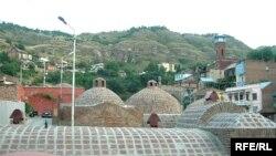 Tbilisidə azərbaycanlıların kompakt halda yaşadıqları «Şeytan bazar» məhəlləsi