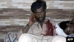 Pakistanda yaralılardan biri