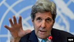 Джон Керрі на прес-конференції на берегах засідання Ради з прав людини ООН у Женеві, 2 березня 2015 року
