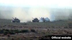 Ադրբեջանական բանակի զորավարժությունները շփման գծի մերձակայքում, 1-ը մայիսի, 2014թ․