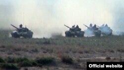 Azərbaycan ordusu hərbi təlim zamanı, 1 may 2014