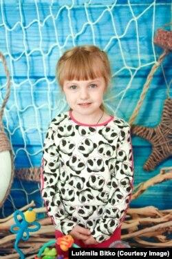 Шестилетняя Маша Хлопотова из Благовещенска