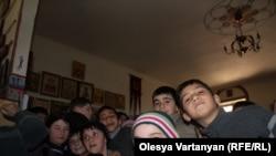 Примерно четверть местного населения – это беженцы из Абхазии