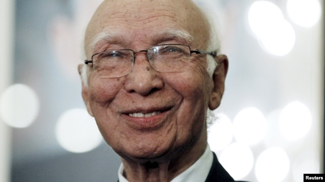 The Pakistani prime minister's foreign affairs adviser, Sartaj Aziz, opened the meeting, saying the main goal should be to convince the Taliban to come to the negotiating table and consider giving up violence. (file photo)