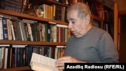 Әзербайжан жазушысы Акрам Айлисли. Баку, 1 ақпан 2012 жыл.