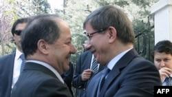 وزير الخارجية التركي أحمد دواودأوغلو يستقبل رئيس إقليم كردستان العراق مسعود بارزاني