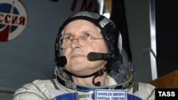 Пятый космический турист Чарльз Симони.