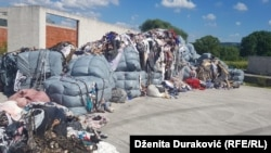 Otpad u krugu bivše tvornice pekarskih proizvoda Tehnopek u Bihaću