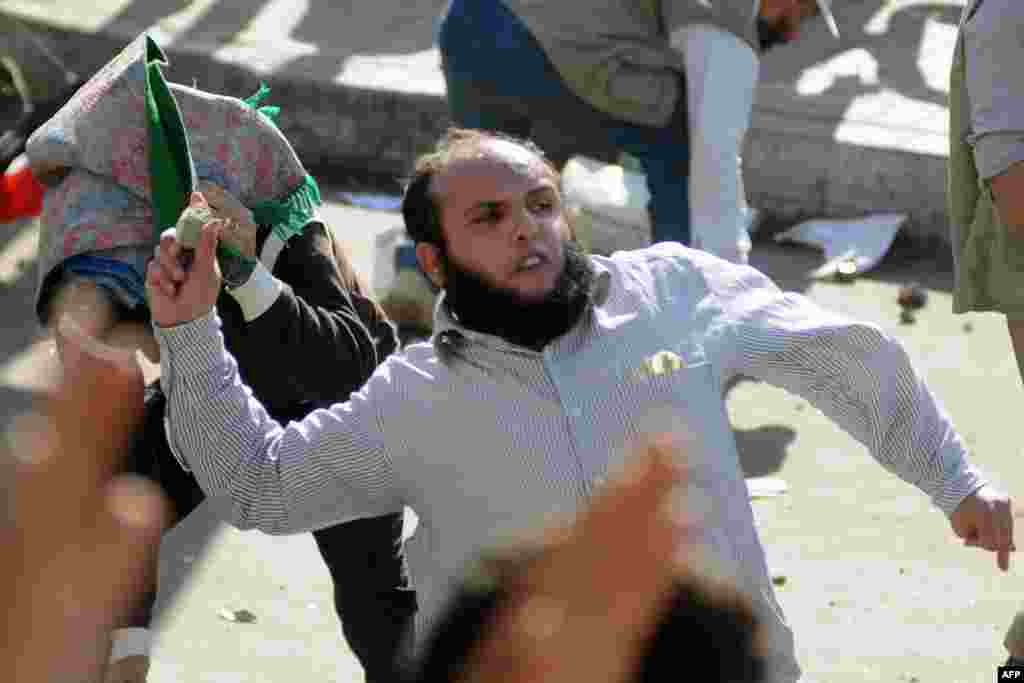 Misir prezidenti Mohamed Morsi-nin tərəfdarları və əleyhdarları arasında qarşıdurma, 23 noyabr 2012