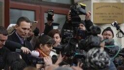 Fosta șefă a DNA se află la mâna unor aranjamente politice, dinamitate de dosarele penale de la București.