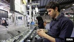 یک مقام وزارت کار می گوید: با توجه به افزایش سطح تحصیل جوانان، آنان فرصت های شغلی موجود در شأن اجتماعی خود نمیبینند.
