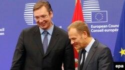 Српскиот премиер Александар Вучиќ и претседателот на Европскиот совет Доналд Туск