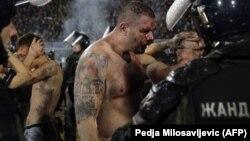 Policija hapsi huligane nakon derbija u Beogradu