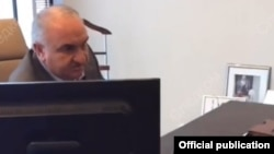 Задержание Рауля Арашукова, скриншот с видео Следственного комитета России