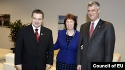 Belgium -- European Union foreign policy chief Catherine Ashton at a meeting with Prime Ministers of Kosovo Hashim (R) Thaci and Serbia Ivica Dacic in Brussels, 17Jan2013