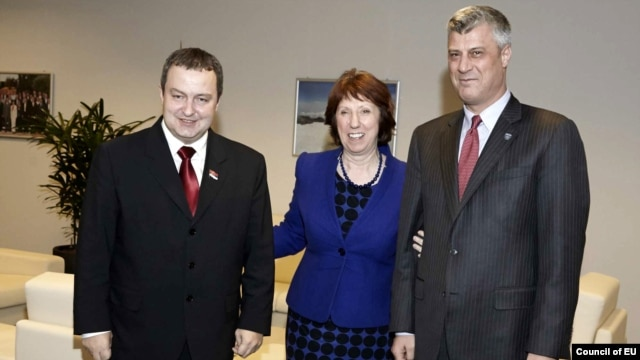 European Union foreign-policy chief Catherine Ashton (center) at a meeting with Kosovar Prime Minister Hashim Thaci (right) and his Serbian counterpart, Ivica Dacic, in Brussels earlier this year.