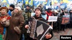 Киевка Кырымнан килгән Янукович тарафдарлары