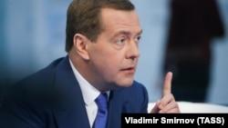 Rusiyanın baş naziri Dmitri Medvedev Rossiya 24 kanalına müsahibə verib