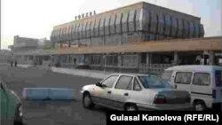 Uzbekistan - Railway station in Andijan, 30Nov2008