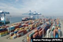 Portul Constanța are un singur scaner pentru verificarea conținutului containerelor