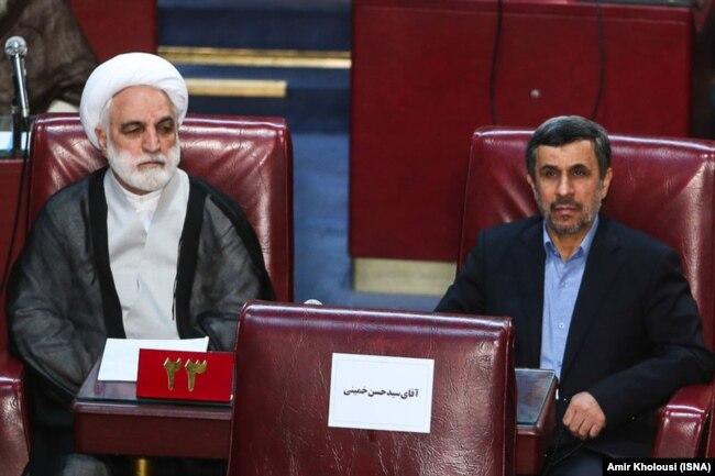 در کنار محمود احمدینژاد در افتتاحیه پنجمین دوره مجلس خبرگان در خرداد ۹۵