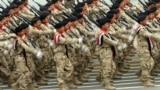 وحدة من القوات المسلحة العراقية اثناء استعراض بمناسبة يوم الجيش (من الارشيف)