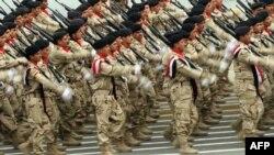الجيش في عيد تأسيسه - من الارشيف