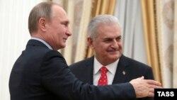 Ռուսաստանի նախագահ Վլադիմիր Պուտինը Կրեմլում ընդունում է Թուրքիայի վարչապետ Բինալի Յըլդըրըմին, Մոսկվա, 6-ը դեկտեմբերի, 2016թ․