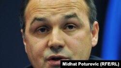 Косовскиот министер за надворешни работи Енвер Хоџај.