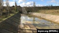 Плотина на Белогорском водохранилище