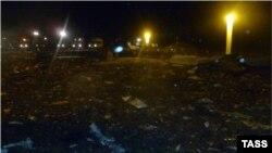 Место крушения пассажирского самолета в аэропорту Казани, 17 ноября 2013 года.