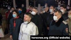 Учасники богослужіння в Севастополі