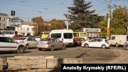 Пробки на дорогах Симферополя. Архивное фото