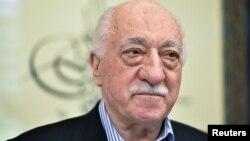 Түркиялық діни қайраткер Фетхулла Гүлен.
