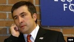 Каким оператором мобильной связи пользуется президент Грузии?