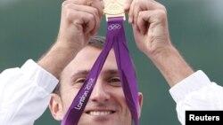 Giovanni Cernogoraz sa medaljom