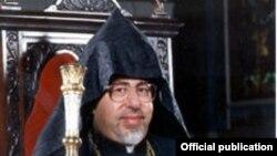 Տաթև արքեպիսկոպոս Ղարիբյան, լուսանկարը՝ Մայր Աթոռի