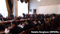 На совместном заседании парламента и правительства