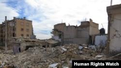 Последствия авиаударов 4 ноября 2012 г. в городе аль-Баб, провинция Алеппо. Разрушены 4 дома, погибли пятеро мирных жителей.