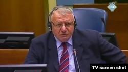 Vojislav Šešelj u sudnici, Haag 2013.