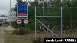 Ograda na granici kod Asothaloma, foto: Vesela Laloš